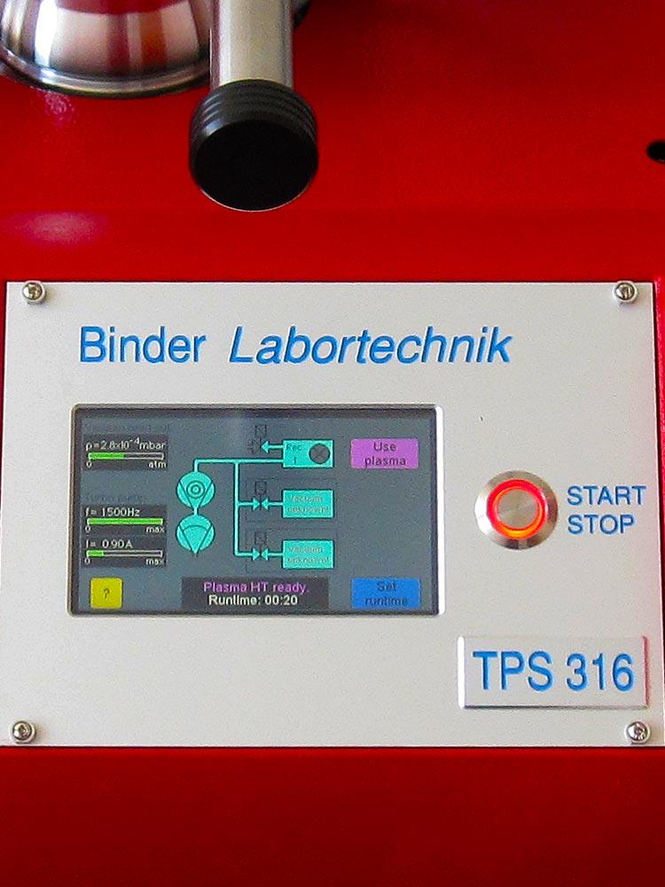 Das Bild zeigt einen Touch-screen zum Bedienen des Plasmacleaners TPS 316